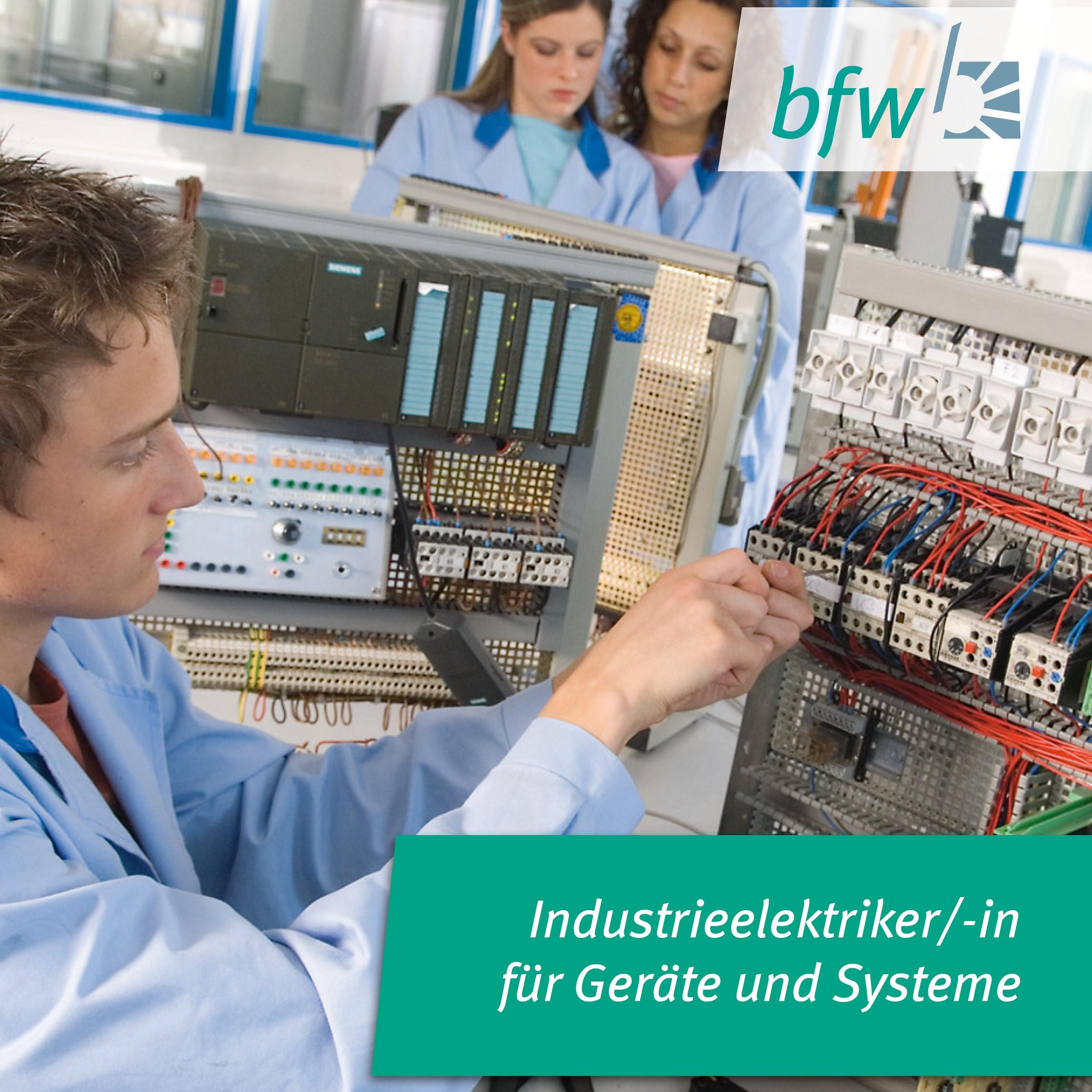 Industrieelektriker/-in für Geräte und Systeme Image